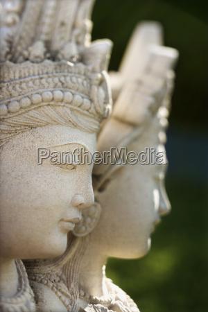buddhistische statue von kuan yin