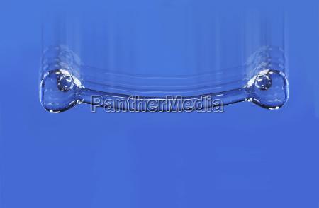 falling droplet frozen motion