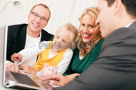 familie mit berater finanzen