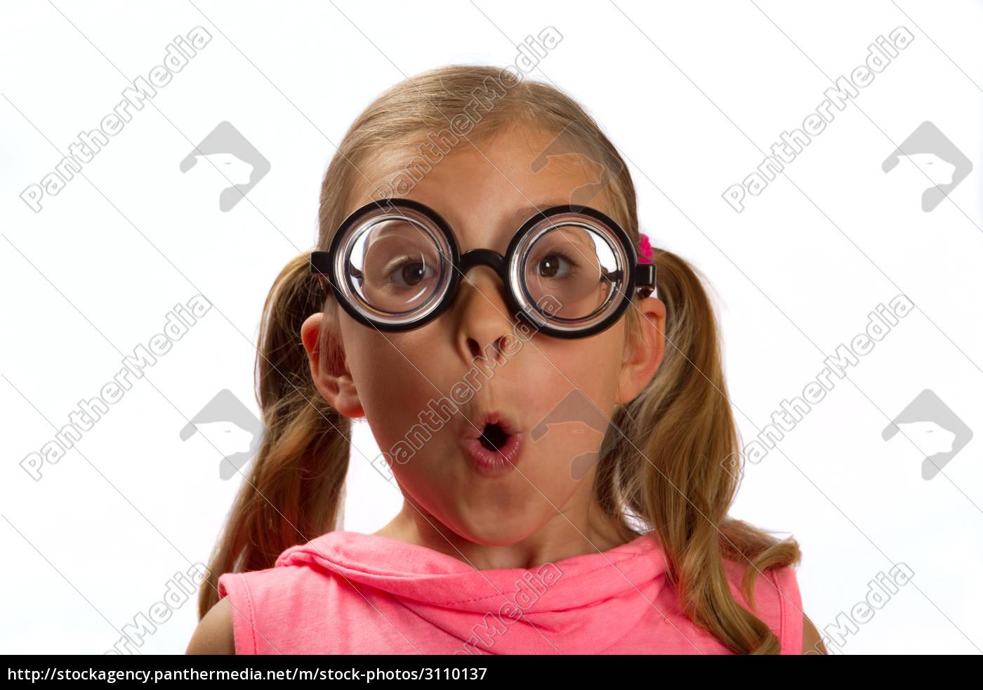 Brille mädchen sam.leonardjoel.com.au :