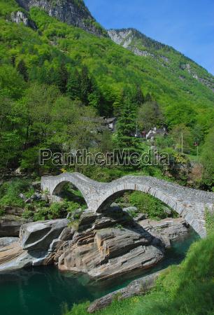 ponte dei salti in the verzasca