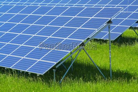 energie strom elektrizitaet technologie solar leuchten