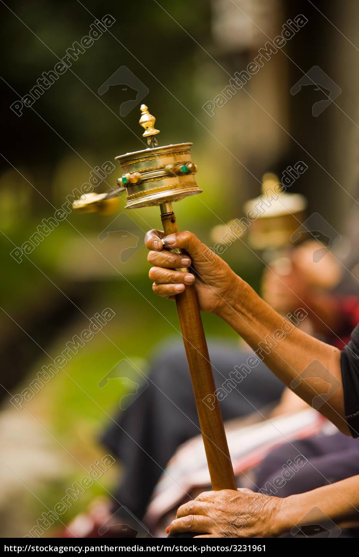 tibetan, prayer, wheel, spinning - 3231961