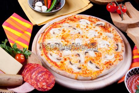 essen nahrungsmittel lebensmittel nahrung pizza italiener