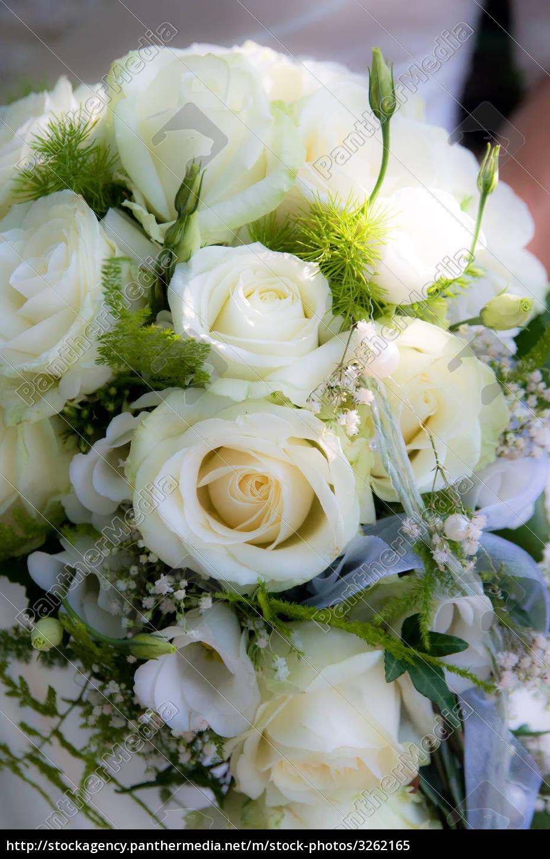 Hochzeitsstrauss Mit Weissen Rosen Lizenzfreies Bild 3262165