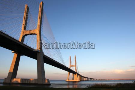 ponte vasco da gama in lisbon
