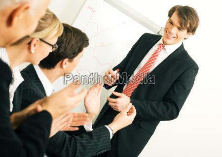 business praesentation applaus