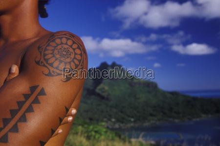 close up von tattoo ist am