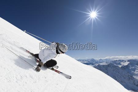 weibliche gebirgsskifahrer