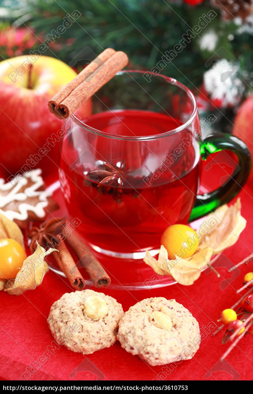 heißes getränk für winter und weihnachten - Lizenzfreies Bild ...