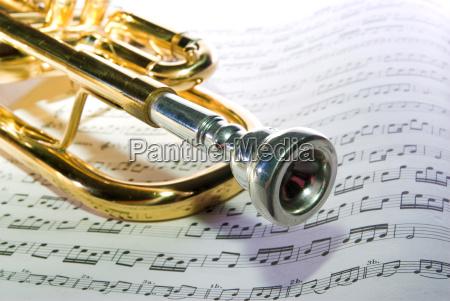 golden noten musiknoten goldenes goldene trompete