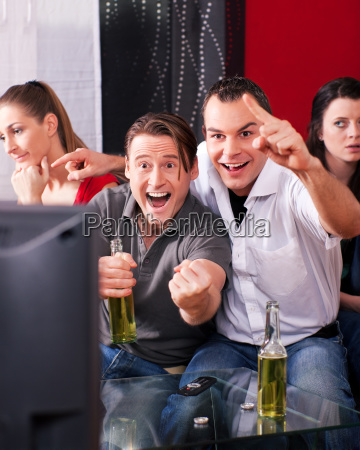 friends watch tv