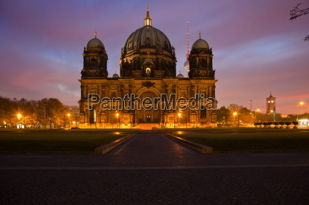berlin cathedral in the sunrise