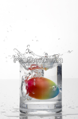 easter egg in a glass