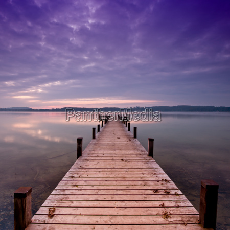 the footbridge to the lake