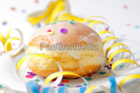 pfannkuchen mit konfetti