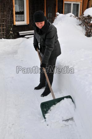 schnee beseitigen