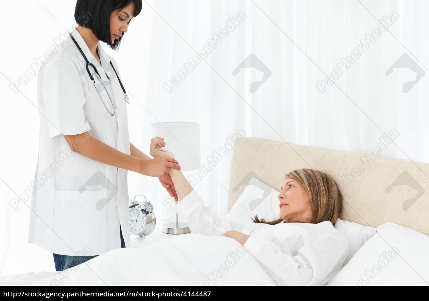 Berühmt Nehmen Sie Die Krankenschwester Auf Ideen - Beispiel ...