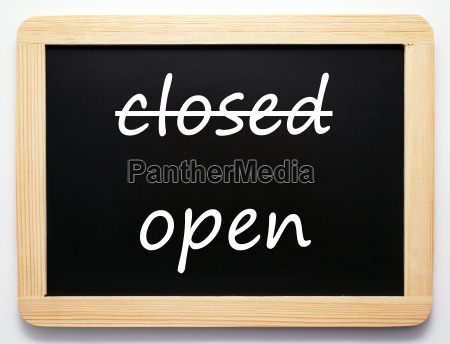 closed open concept sign