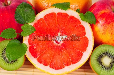 grapefruit obst vitamine zitrusfruechte