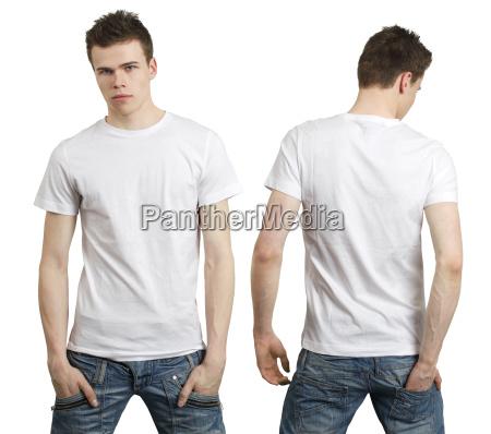 teenager mit leeren weissen hemd