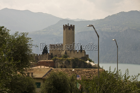 scaliger castle in malcesine