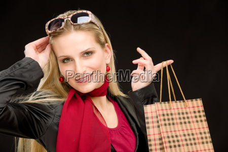 einkaufen frau art und weise gluecklich