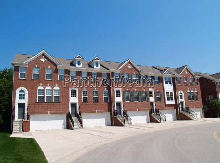 town homes with garage in the