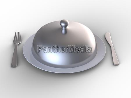 platte abgedeckt mit silberkuppe
