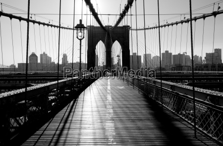 brooklyn bridge manhattan new york city