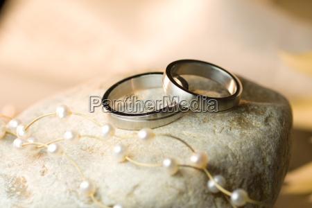 wedding rings of silver