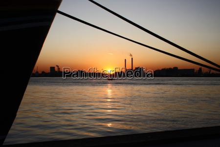 navigation sunset harbor evening light harbours