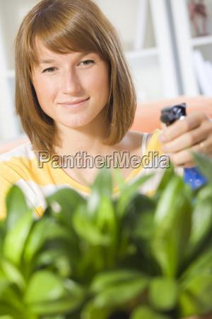 frau, gieverwässert, pflanzen - 5148667