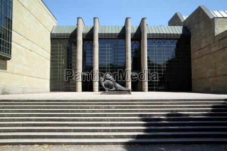 new pinakothek gallery