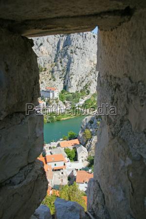 omis piratenstadt in kroatien