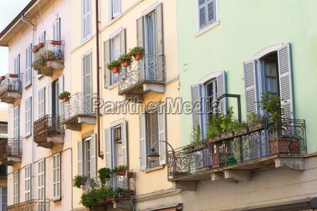 historisches wohnhaus in einer italienischen kleinstadt