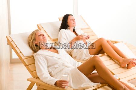 entspannen sie sich bei luxurioesem spa