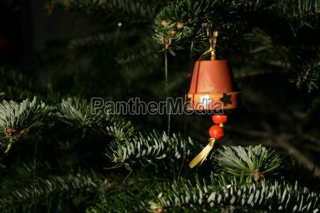 geschmueckter christbaum