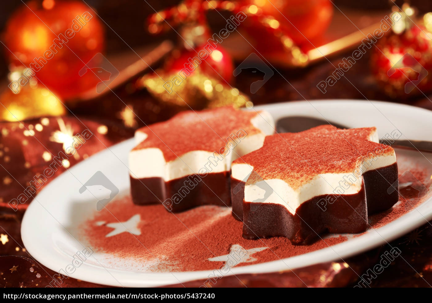 dessert zu weihnachten lizenzfreies foto 5437240. Black Bedroom Furniture Sets. Home Design Ideas