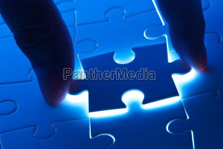 pick puzzleteil mit geheimnis licht