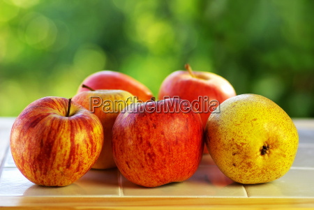 red apples and rocha pear