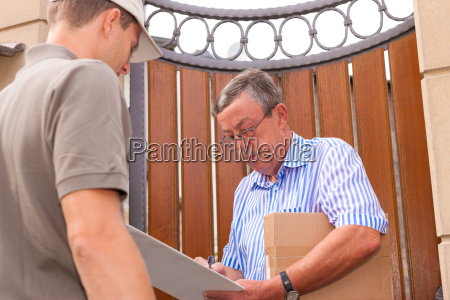 postdienst lieferung eines paketes