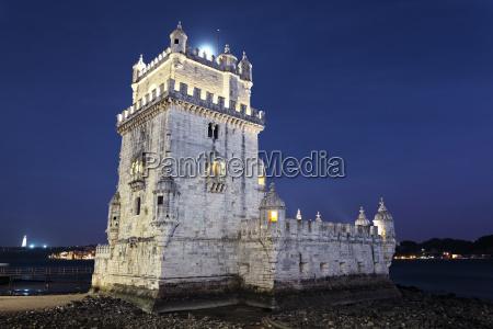 denkmal monument portugal lissabon kastell orientierungspunkt