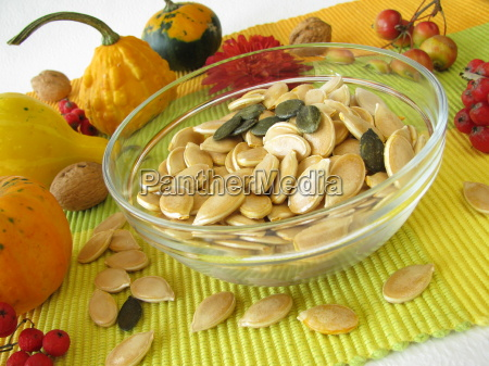 dried pumpkin seeds with shell