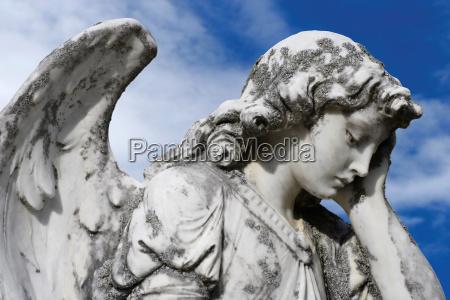 forlorn engel