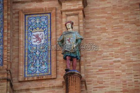 statue plaze de espana