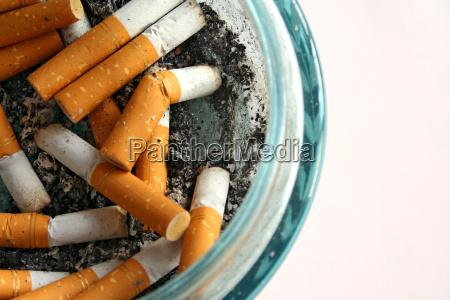 colillas de cigarro
