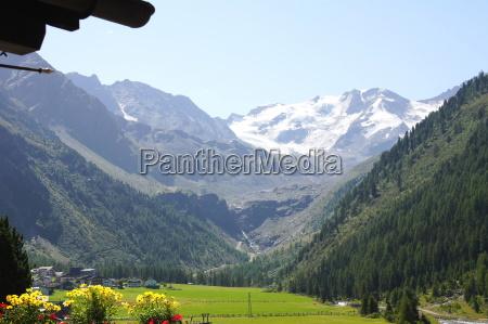 ortlergruppe in south tyrol solda