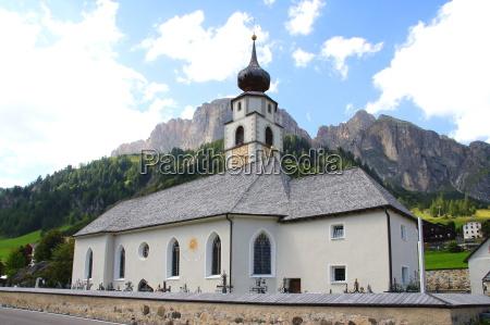 church in colfosco in south tyrol
