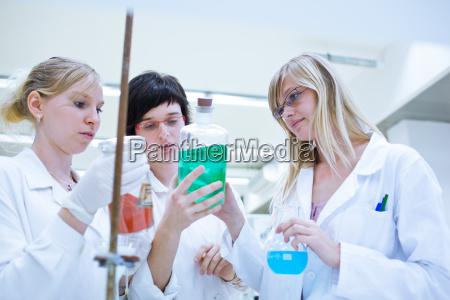 wissenschaft forschung labor chemie forscher forschen